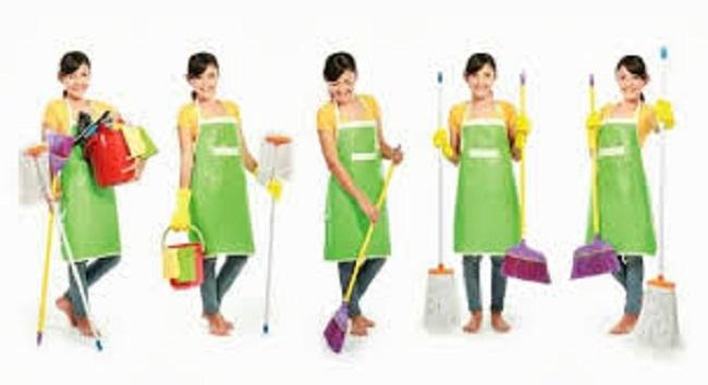 Người giúp việc nhà